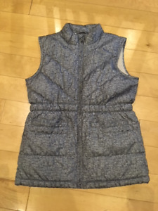 Gap Kids sleeveless puffer vest - size 12