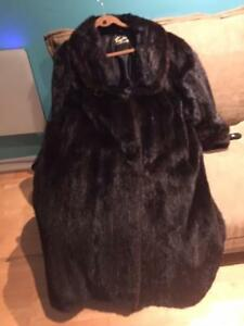 Mink fur coat size 12-14
