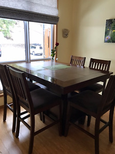 Diningroom table, chairs and hutch for sale
