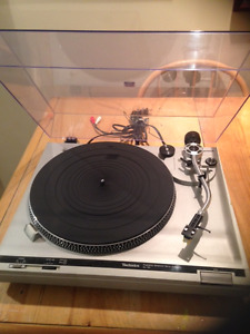 Technics SL-B2 Turntable