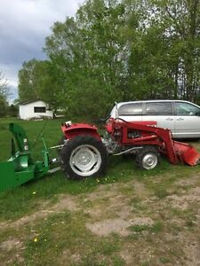 1970's Massy Ferguson Tractor With Snow Blower