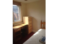 ONE SINGLE BEDROOM AVAILABLE IN A SUPER STUDENT SHARED ACCOMMODATION