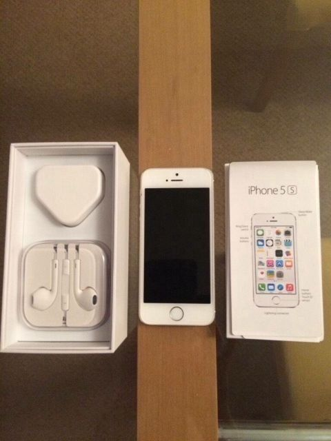 iPhone 5s 32gb silver whitein Radford, NottinghamshireGumtree - iPhone 5s 32gb silver white unlocked with box and charger case no headphones mint condition has small dent on the edge nothing major no offers or time wasters