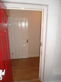 Offering a double bedroom apartment in Mitcham - CR4 2QB.