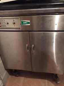 Friteuse electrique / Electric Fryer - PITCO FRIALATOR Model E24