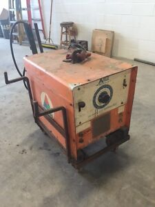 250 Amp Welder Bumble Bee Idealarc