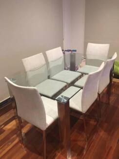 Nick Scali Dining Table & Chairs