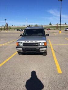 2002 Land Rover Discovery (Needs Motor)