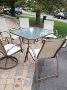 Enjoy the outside!  Patio Set + 6 Chairs (2 Swivel)