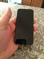 iPhone 5 16GB ROGERS w/case