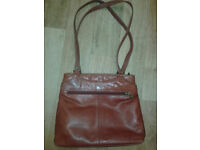 Ladies/womens Gigi red leather shoulder/handbag, double straps, zipped, used but vgc . £15 ono