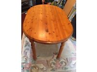 Oval solid pine kitchen table