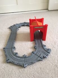 Thomas and Friends Take-n-Play Tidmouth Tunnel