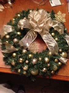 Brand New! Gold Christmas Wreath with Lights
