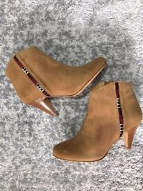 Sezane Ankle Boots (EU 37, UK 4.5)