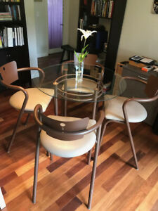 Round Glass Dining Room Table & Stools