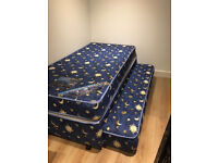 Single trundle bed with perfect condition mattresses