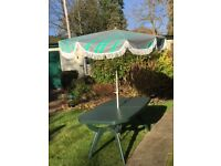 Good quality used extending garden table with parasol Eastcote/Pinner