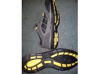 brand new dunlop steel toe trainers size 11 unworn