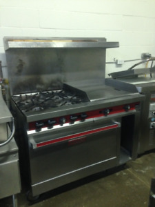 Vulcan commercial 4 burner Stove & Grill