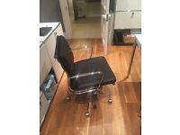 EA217 - Black Italian Leather Office Chair - Like New