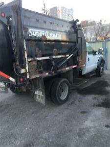 2007 Ford Super Duty F-550 DRW XL with refuse packer