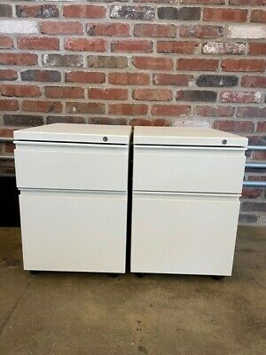 2-drawer White Short Rolling Filing Cabinet With Lock - Great Condition