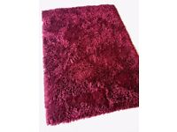 Deep pile dark red shaggy rug in great condition (From Gaff)