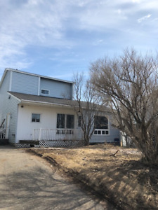 New Price! Perfect starter home or someone looking to downsize!