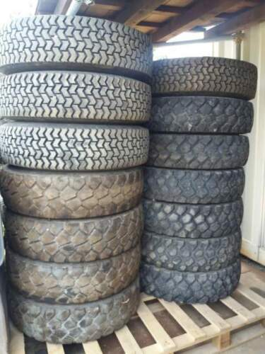Gomme 255/100R16 900/R16