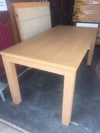 New Top Quality Dining Table