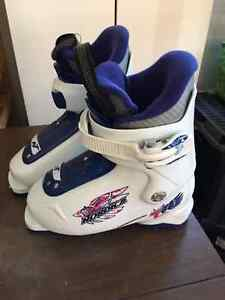 Youth Nordica Ski Boots Strathcona County Edmonton Area image 1