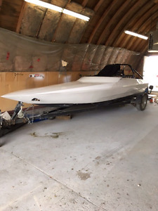 21' eagle lightweight tunnel hull cx race boat