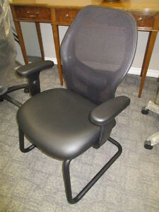OFFICE CHAIRS LARGE INVENTORY-NEW AND USED Peterborough Peterborough Area image 6