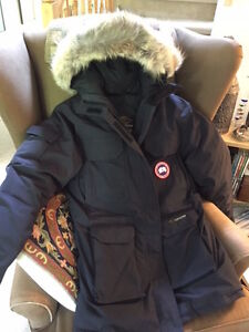 Canada Goose expedition parka sale shop - Canada Goose | Buy or Sell Women's Tops, Outerwear in Ottawa ...