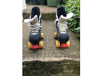 Original Bauer Turbo 33 roller boots - Size 6