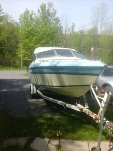 18 1/218 1/2 FOOT  GREW BOW RIDER- INBOARD/OUTBOARD WITH TRAILER