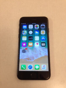 Mint 32GB Black iPhone 7 (Factory Unlocked) with New Case