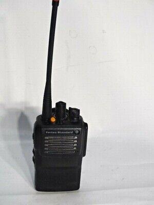 450-512 MHZ MOTOROLA VX-261 G7-5 UHF 5 WATT 16 CHANNEL TWO WAY RADIO