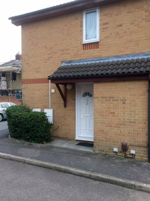 2 bed end terrace house for rent with