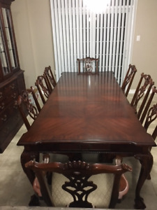 Chippendale Dining room set with hutch