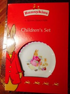 Still in the box, never used Bunny Kins' set