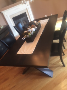 Table and Hutch for dining room or kitchen