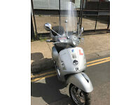 2008 Piaggio Vespa GTS 125 gts125 in Silver great condition + Few Extras