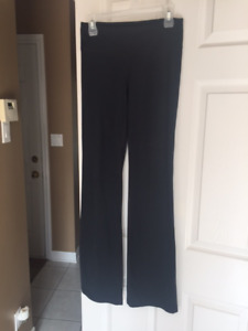 Underarmour pants size small
