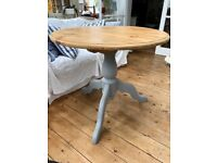Pine Pedestal Dining Table