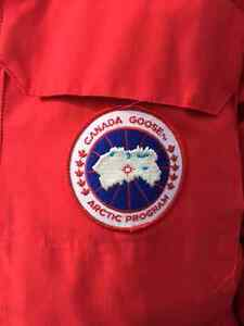MEN'S XL CANADA GOOSE Style 456501 EXPEDITION PARKA- AS NEW !!!