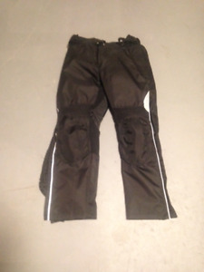 Woman's armoured insulated motorcycle pants