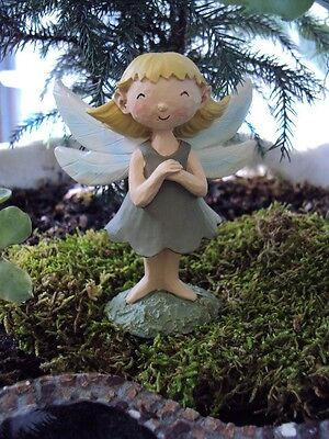 MINIATURE GARDEN FAIRY FIGURE / ORNAMENT - NEW