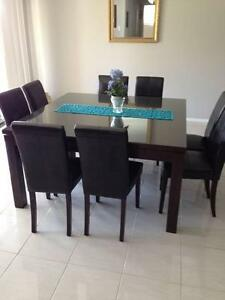 8 Seat Dining Table & Leather Chairs Elderslie Camden Area Preview